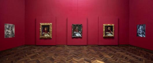 Raphael and the Portrait of Julius II exhibition view Frankfurt am Main