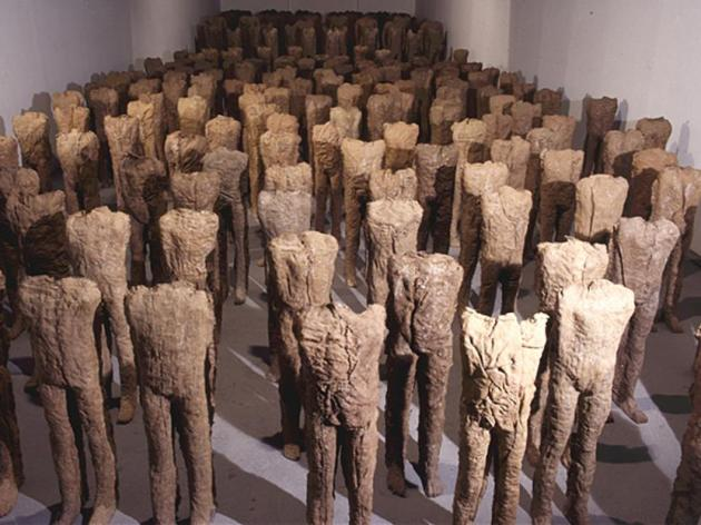 Magdalena Abakanowicz Crowd and Individual exhibition
