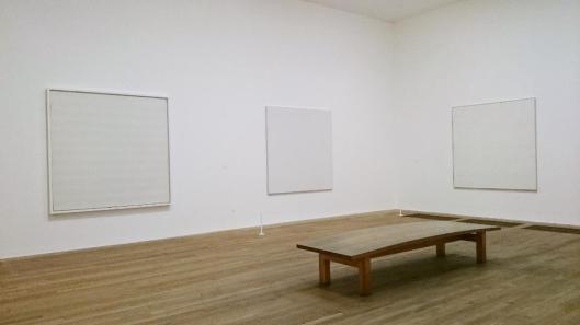 00 Agnes Martin exhibition view Tate Modern artdone