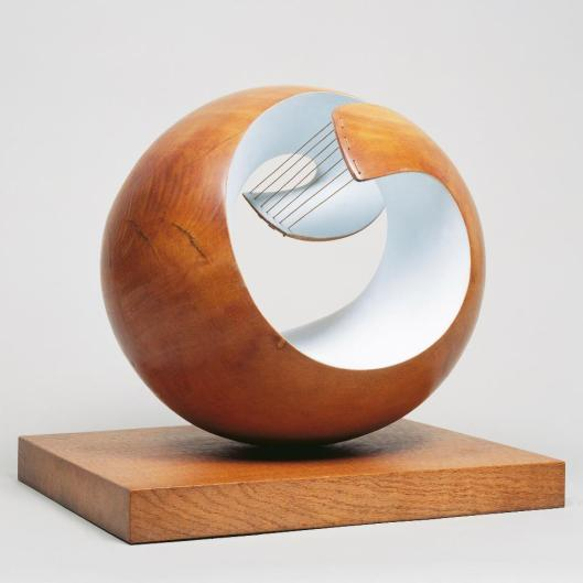 Barbara Hepworth Belagos 1946 Tate London