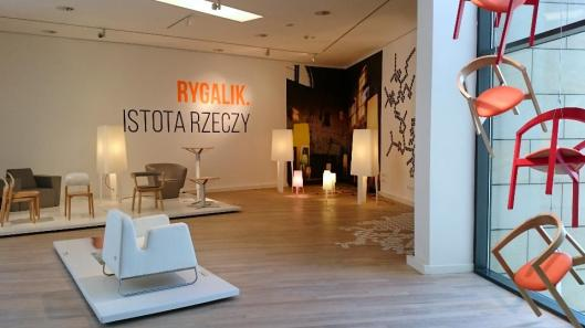 Rygalik. Istota rzeczy Rygalik. The Heart of Things exhibition view Muzeum Miasta Gdyni Gdynia artdone