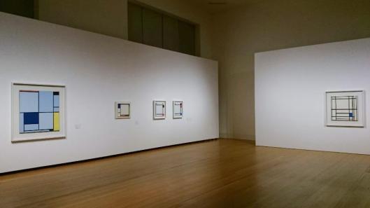 Piet Mondrian Die Linie The Line exhibition view Martin-Gropius-Bau Berlin artdone