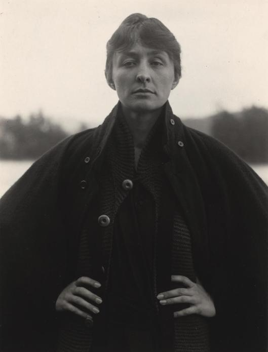 alfred-stieglitz-portrait-of-georgia-okeeffe-1918