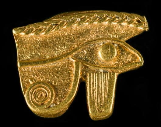 eye-of-horus-thonis-heracleion-egypt-26th-30th-dynasty-664-342-bc-gold-graeco-roman-museum-alexandria