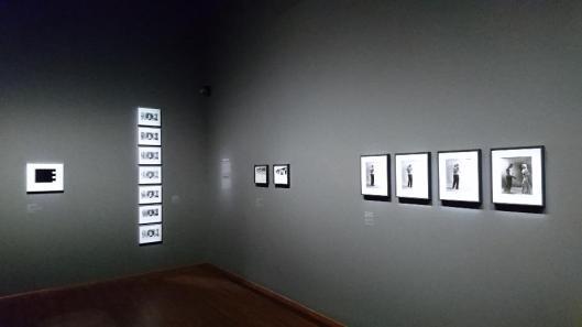 film-stills-photography-between-advertising-art-and-the-cinema-exhibition-view-albertina-vienna-artdone